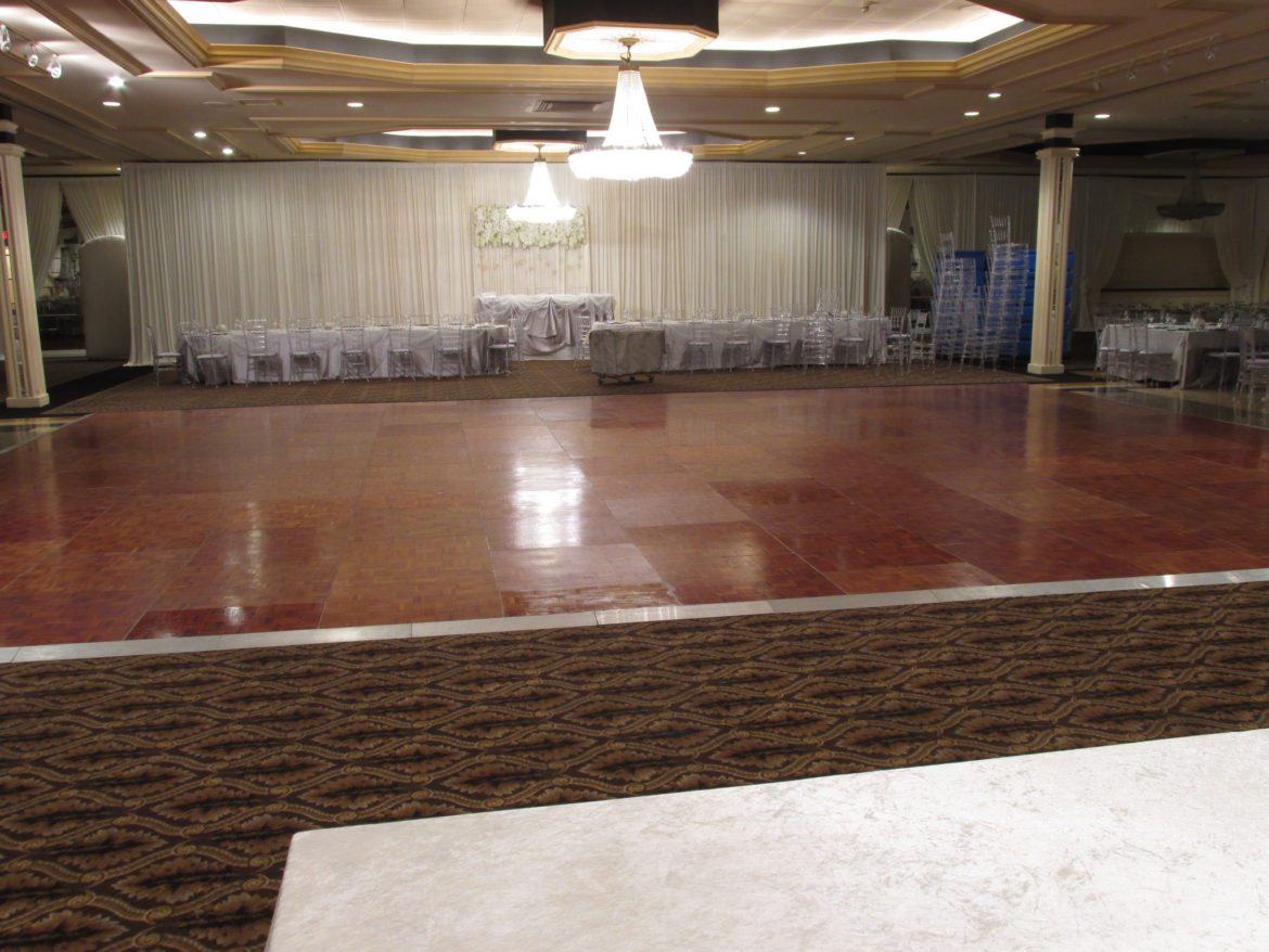 Elegant_Event_Lighting_Chicago_The_Carlisle_Wood_Dance_Floor