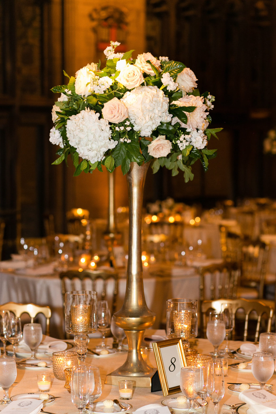 Elegant_Event_Lighting_Chicago_University_Club_Wedding_Flower_Centerpiece_Lighting