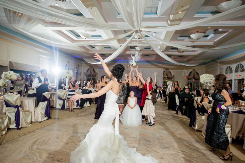 Elegant_Event_Lighting_Chicago_Venutis_Addison_Wedding_Ceiling_Drapes_Bouqet_Toss