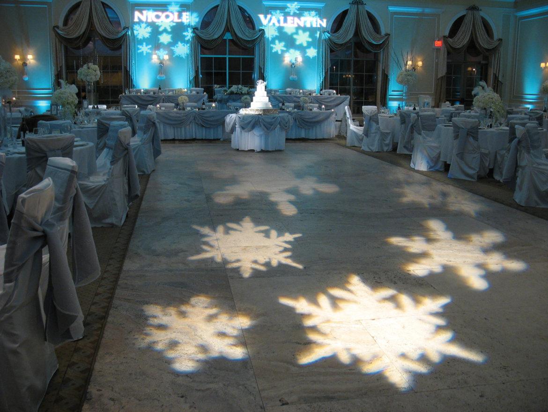 Elegant_Event_Lighting_Chicago_Venutis_Addison_Wedding_Pattern_Lighting_Illuminated_Monogram