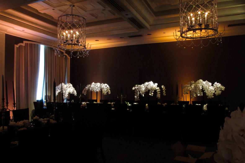 Elegant_Event_Lighting_Chicago_Waldorf_Astoria_Wedding_Flower_Centerpiece_Lighting