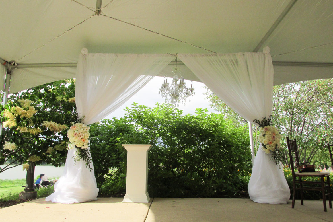 Elegant_Event_Lighting_Chicago_Wedding_Tent_Ceremony_Arch_Draping_Chandelier
