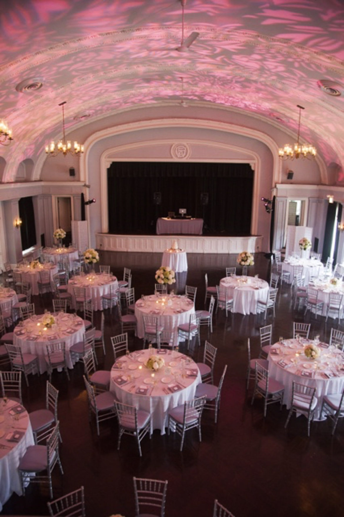 Elegant_Event_Lighting_Chicago_Womans_Club_of_Evanston_Wedding_Pattern_Lighting_Monogram