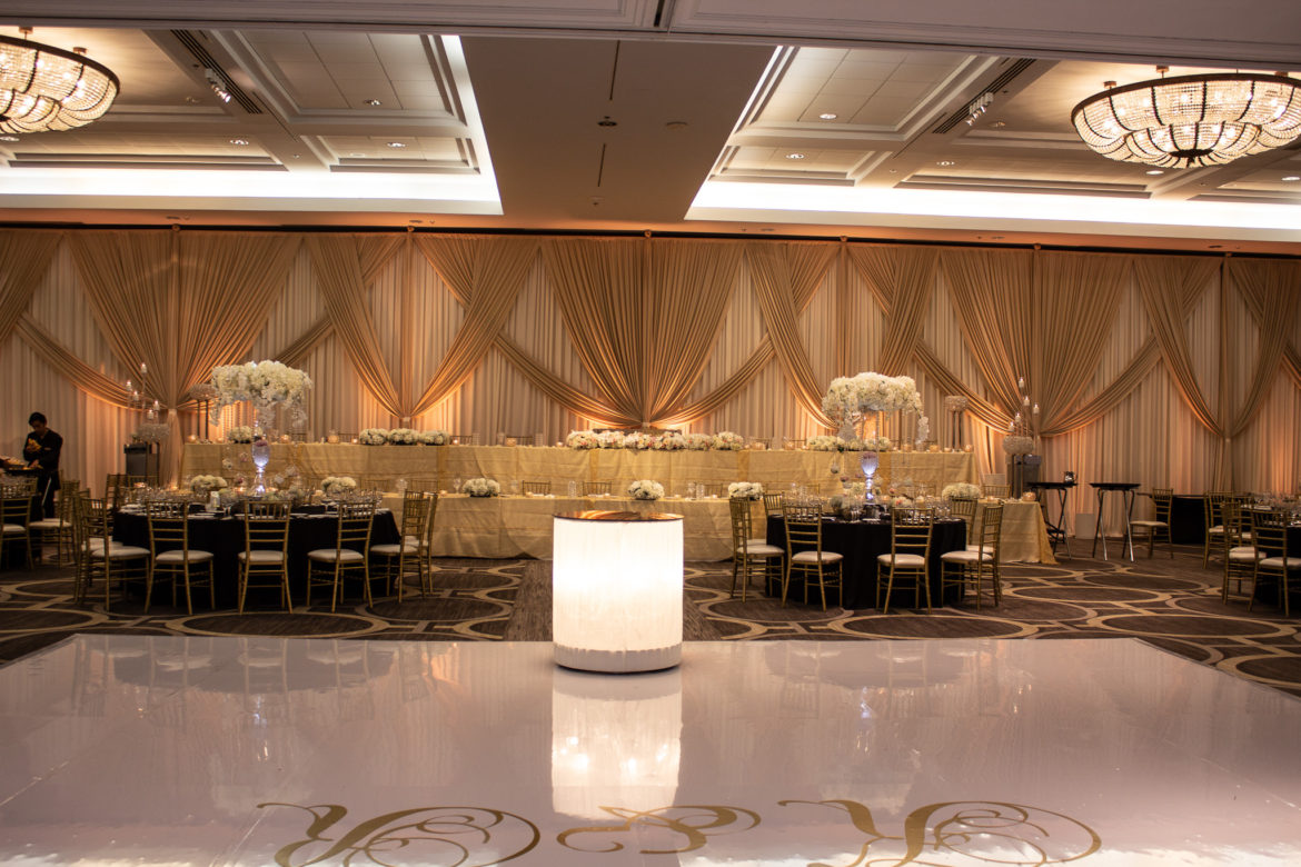 Elegant_Event_Lighting_Hilton_Oak_Brook_Wedding_Backdrop_Ivory_Taupe__Amber_Uplighting