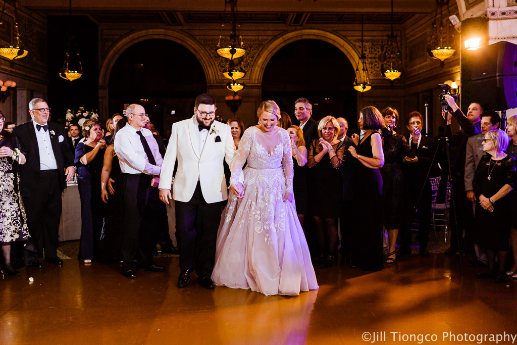 Elegant_Event_Lighting_Chicago_Cultural_Center_Preston_Bradley_Hall_Gold_Dance_floor_Vinyl