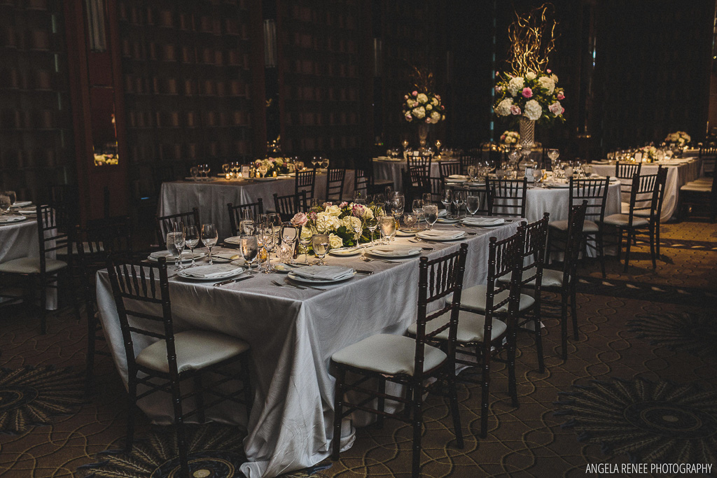 Elegant_Event_Lighting_Chicago_Peninsula_Hotel_Wedding_Flower_Lighting