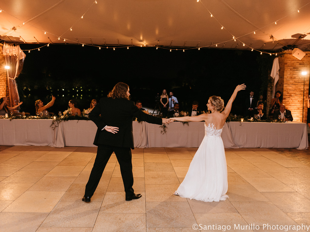Elegant_Event_Lighting_Chicago_Botanic_Garden_Wedding_First_Dance_Cae_Lighting