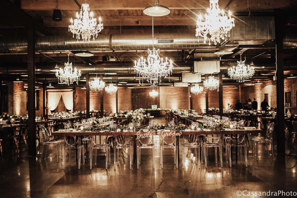 Elegant_Event_Lighting_Morgan_Manufacturing_Chicago_Wedding_.Head_Table_Crystal_Chandelier