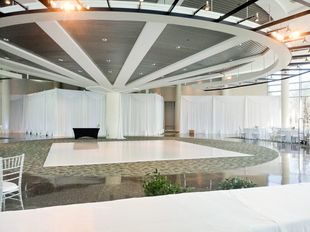 Elegant_Event_Lighting_Chicago_Wedding_Espalnade_Lakes_Doubletree_White_Draping_Valances_White_Dance_Floor