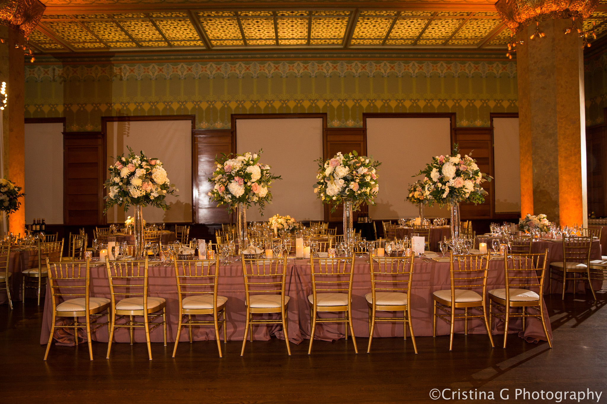 Elegant_Event_Lighting_Wedding_Chicago_Pin_Beam_Lighting_Flower_Dance_Floor_Wash_Stock_Exchange712