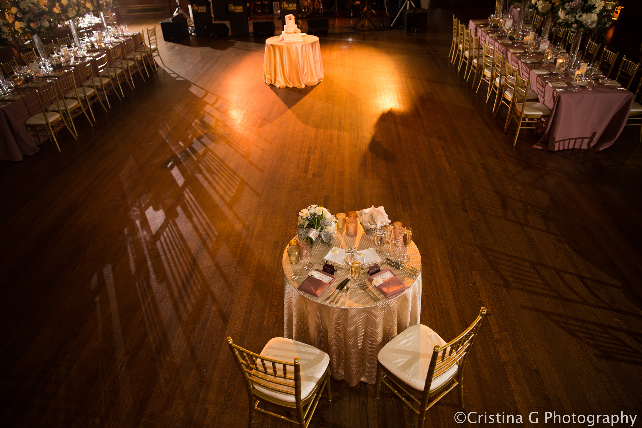 Elegant_Event_Lighting_Wedding_Chicago_Pin_Beam_Lighting_Flower_Dance_Floor_Wash_Stock_Exchange725