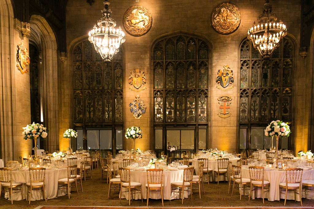 Elegant_Event_Lighting_Univeristy_Club_Chicago_Wedding_gold_Uplighting