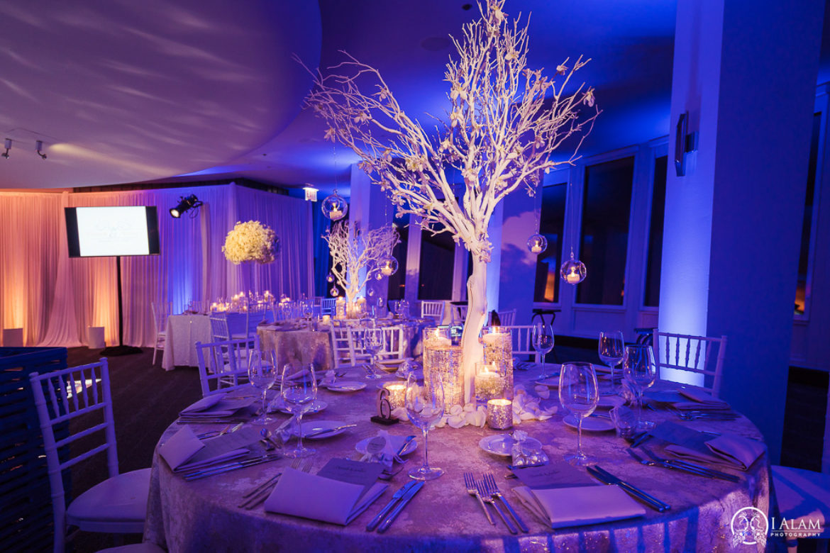 Elegant_Event_Lighting_W_Hotel_Chicago_Wedding_Flower_Lighting_Winter_Amber