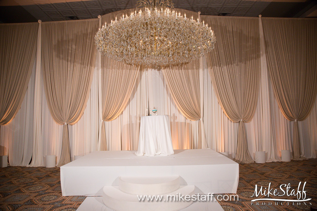 Elegant_Event_Lighting_Drury_Lane_Oak_Brooke_Terrace_Chicago_Wedding_Stage_Cover_Moon_Steps_Backdrop_Campagne_Amber_Ivory